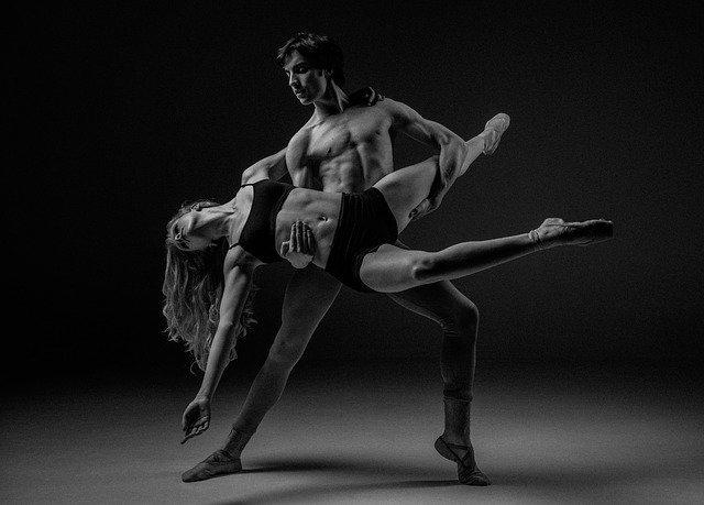 Z czego wynikają problemy na parkiecie i dlaczego pomocna okazać się może nauka tańca użytkowego